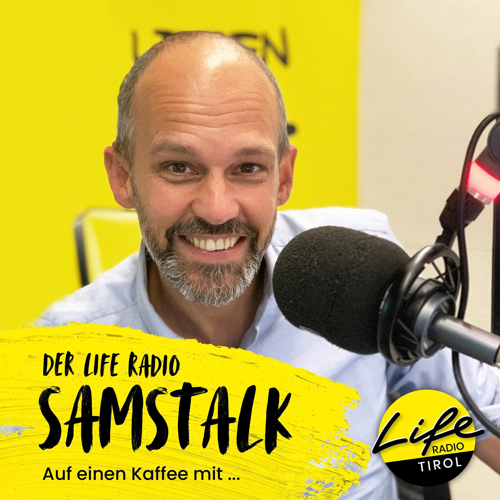 Auf einen Kaffee mit Sänger der EAV – Klaus Eberhartinger